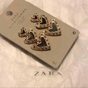 NWT Zara Black and gold heart dangling earrings